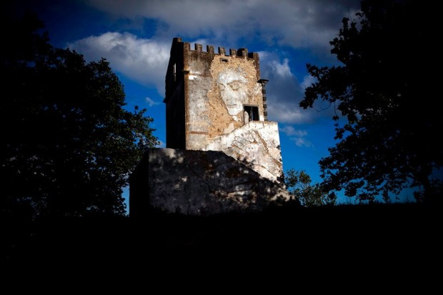 Walk & Talk Festival - Vhils and Phlegm Murals