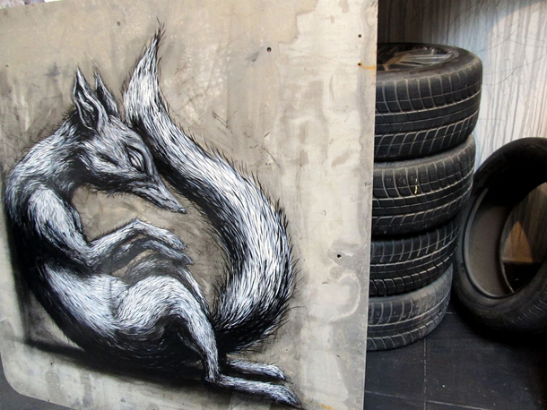 """ROA - """"Dominant Species"""" at 941 Geary Gallery"""