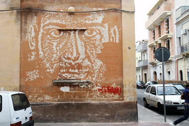 Vhils - New Mural for FAME Festival 2012