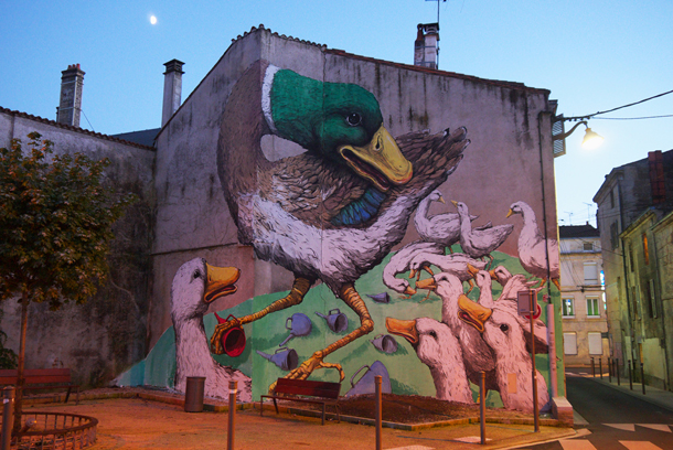 Ericailcane-New-Murals-at-Le-4eme-Mur-Festival-01
