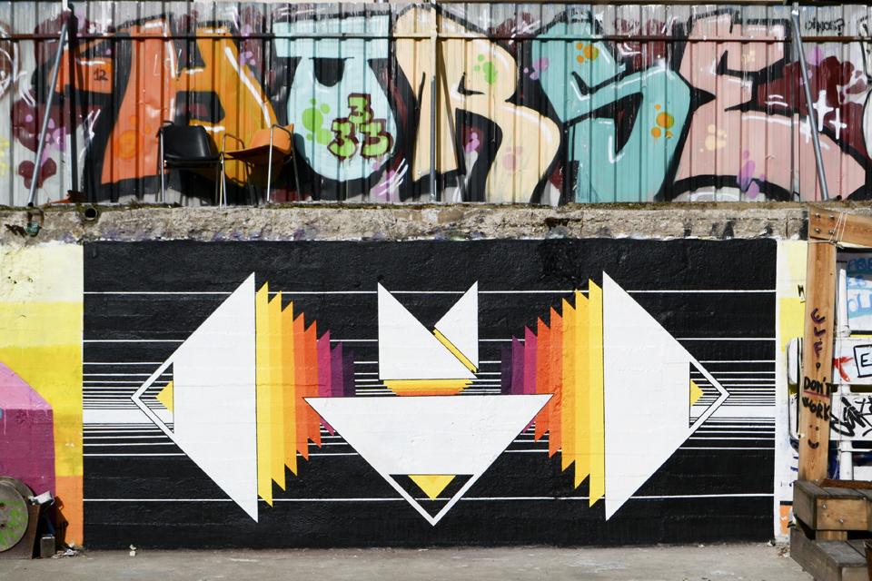 AK-E1000-New-Mural-at-El-campo-de-Cebada-in-Madrid-01