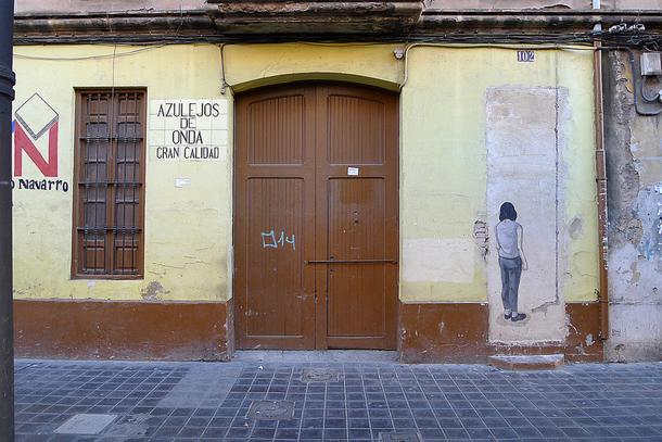 Hyuro-New-Criptic-Mural-in-Valencia-01