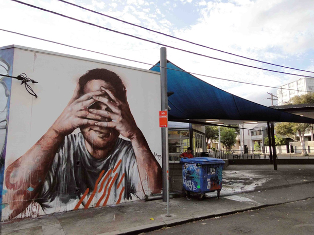 fintan-magee-self-portrait-new-mural-in-redfern-sydney-01
