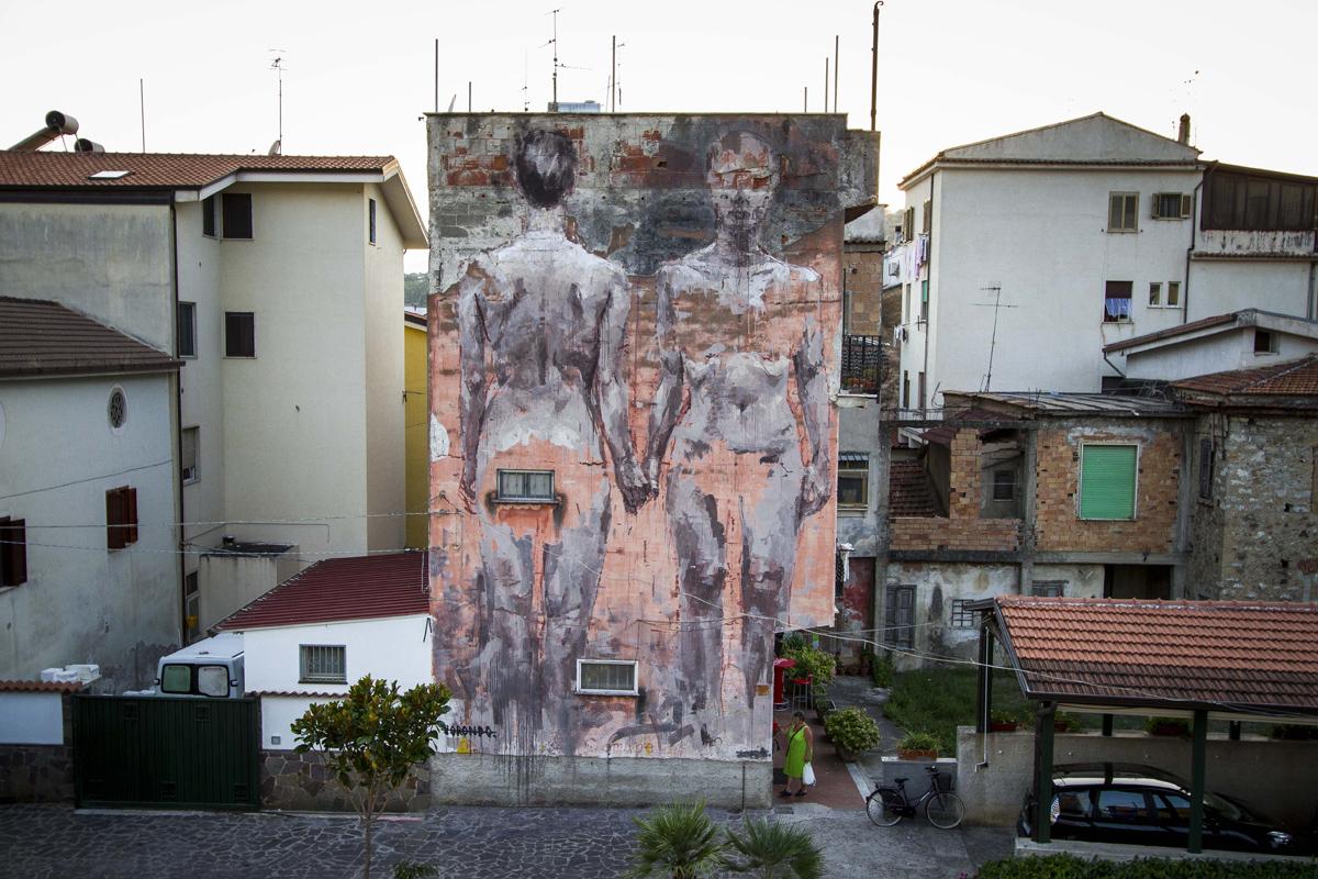 borondo-new-mural-at-oltre-il-muro-festival-06