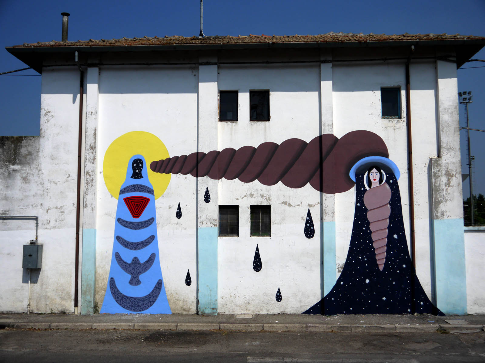 dem-new-mural-at-icone5-9-street-art-event-01