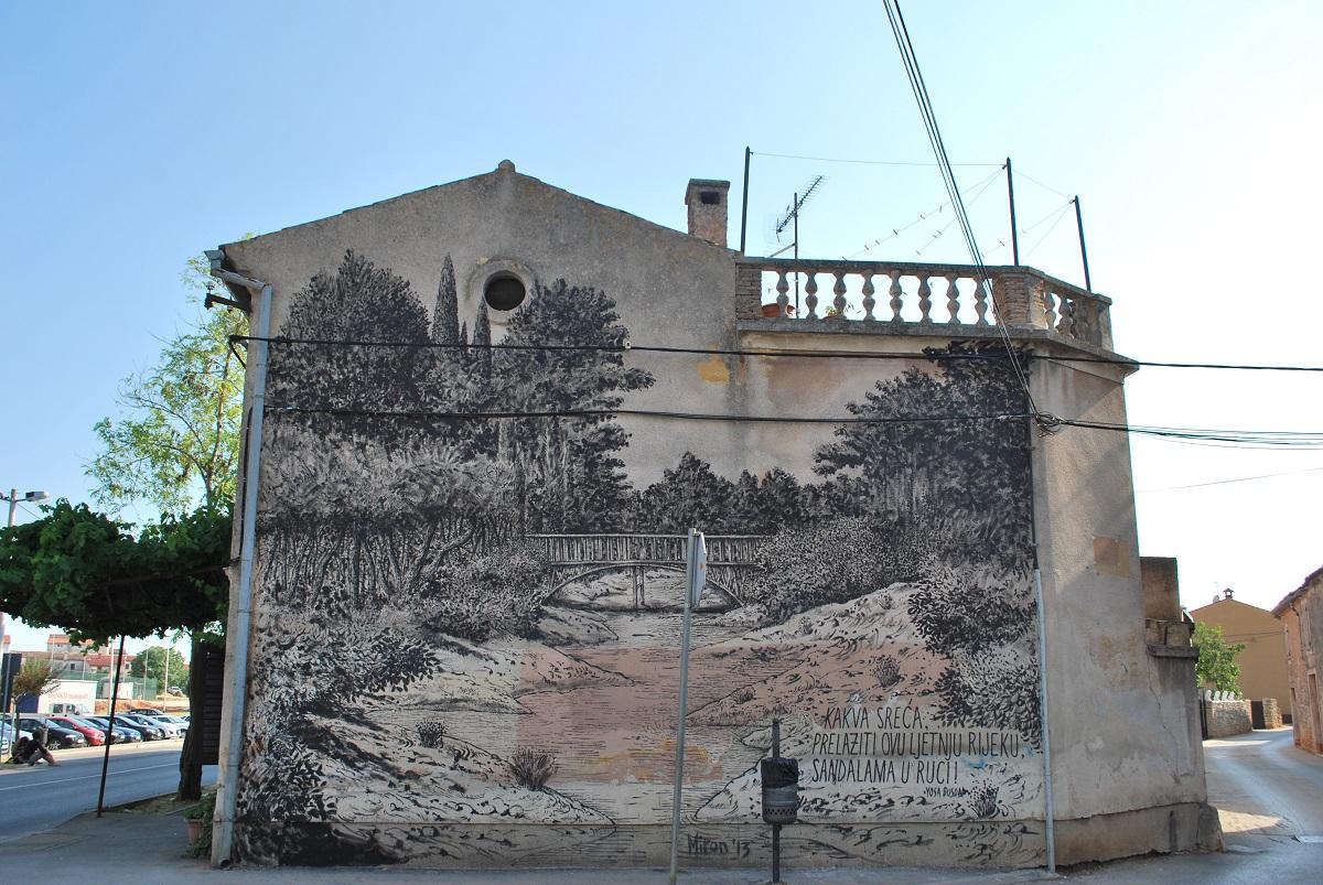 miron-milic-new-mural-at-boombarstick-festival-05