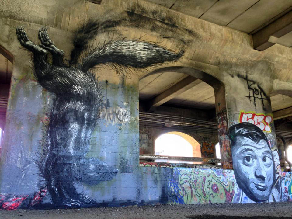 roa-new-mural-in-rochester-for-wall-therapy-01