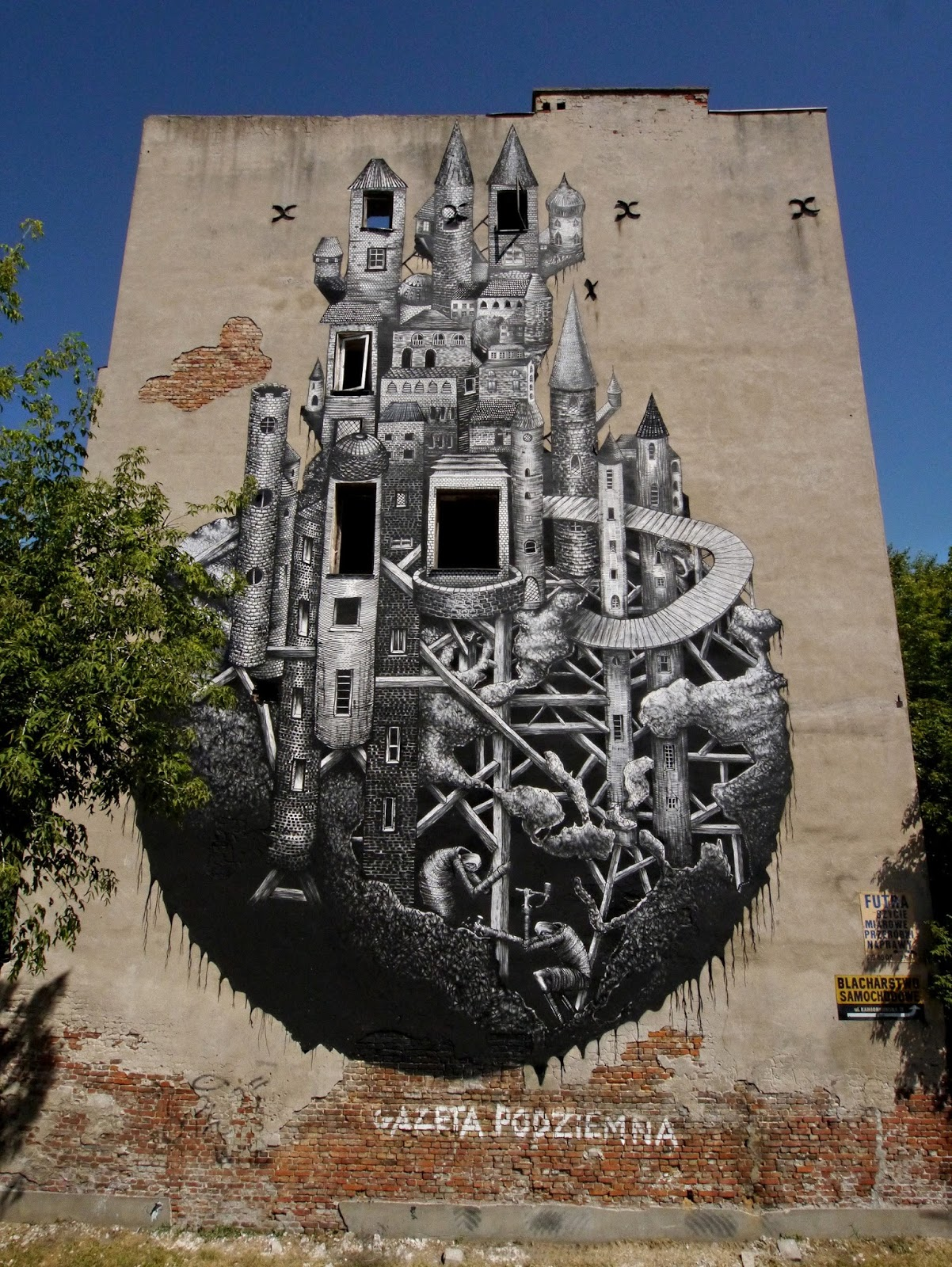 phlegm-new-mural-for-street-art-doping-festival-20