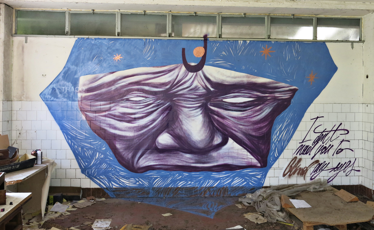 cripsta-new-murals-inside-an-abandoned-building-06