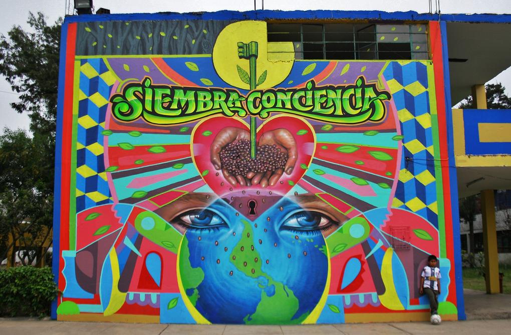 el-decertor-elliot-tupac-siembra-conciencia-new-mural-in-mirones-01