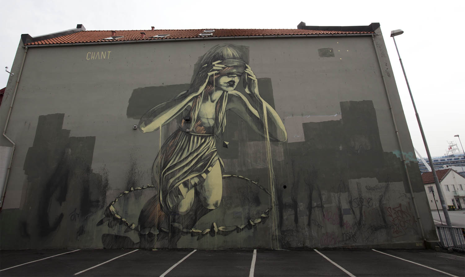faith47-new-mural-at-the-nuart-festival-2013-01