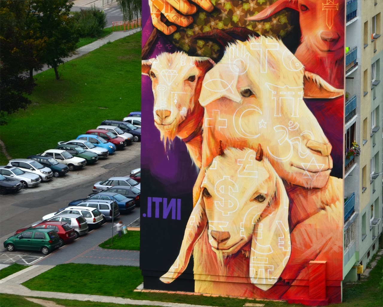inti-new-mural-in-lodz-poland-03