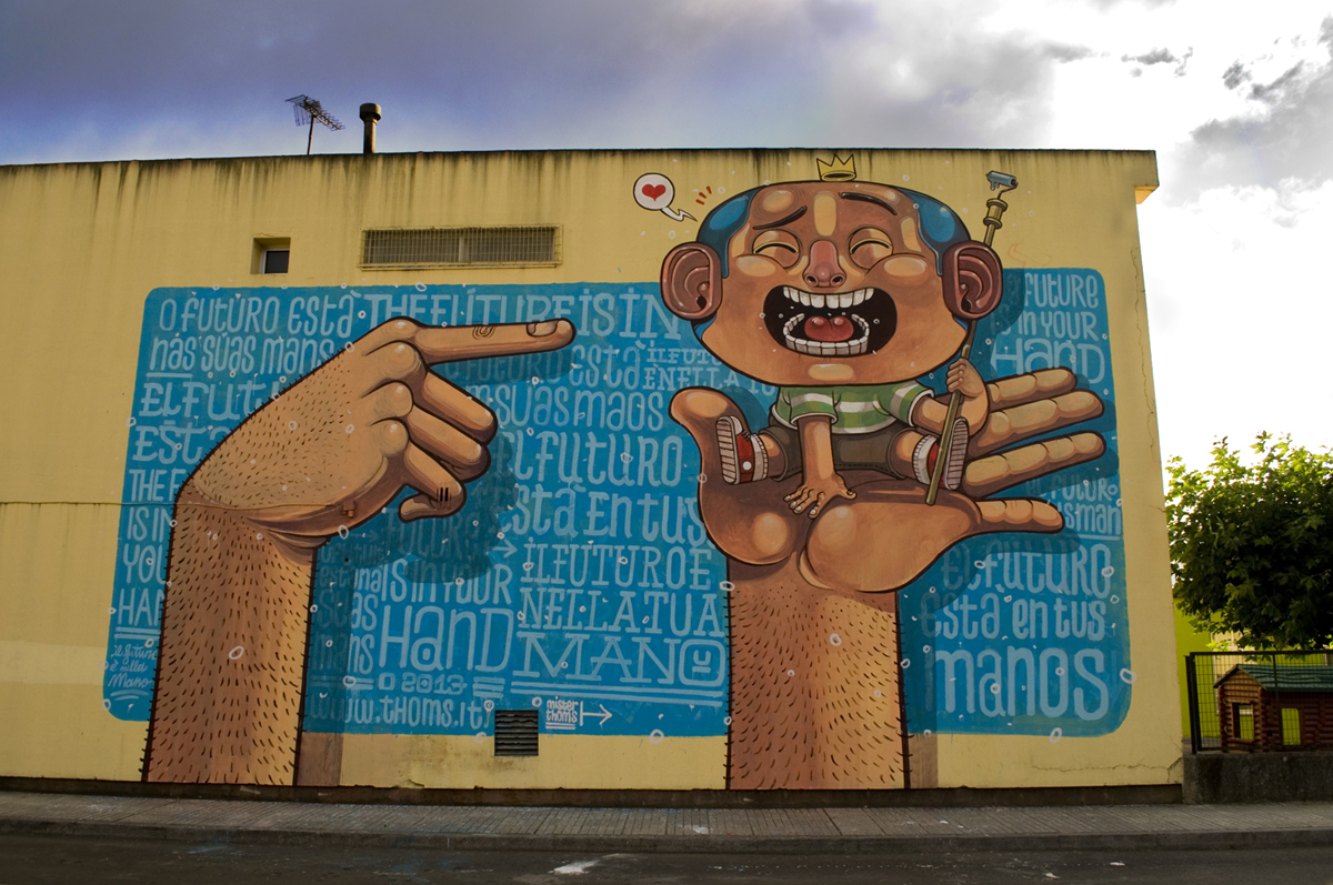 mr-thoms-new-mural-at-desordes-creativas-2013-01
