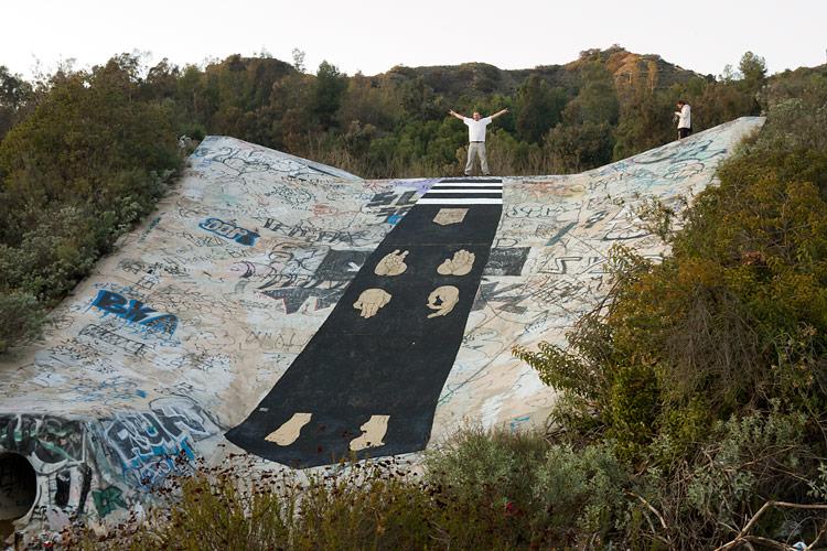 basik-new-mural-in-burbank-california-01