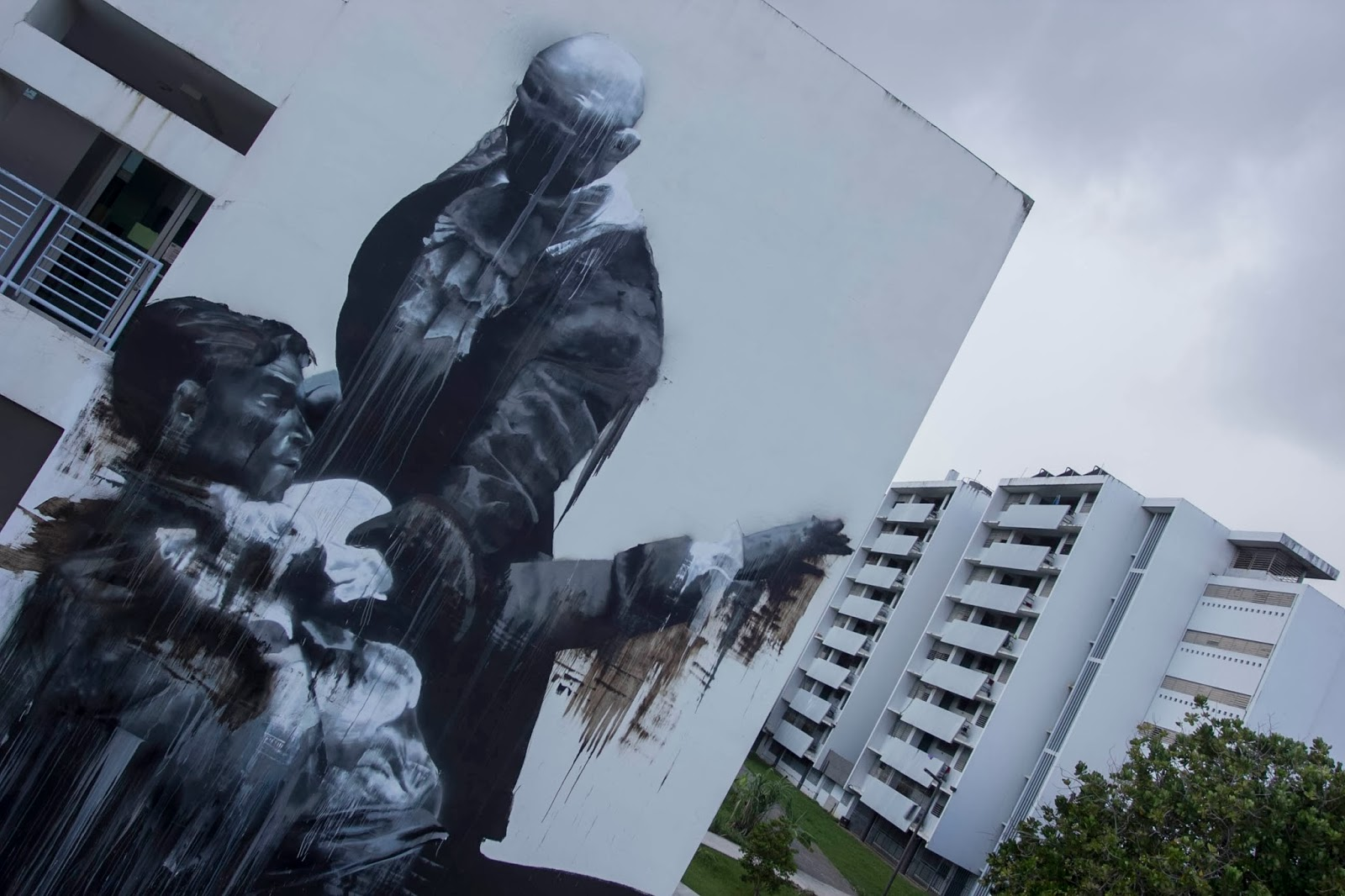 conor-harrington-new-mural-for-los-muros-hablan-festival-02
