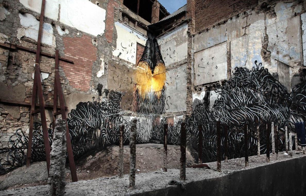 daleast-new-piece-for-avant-garde-urbano-festival-01