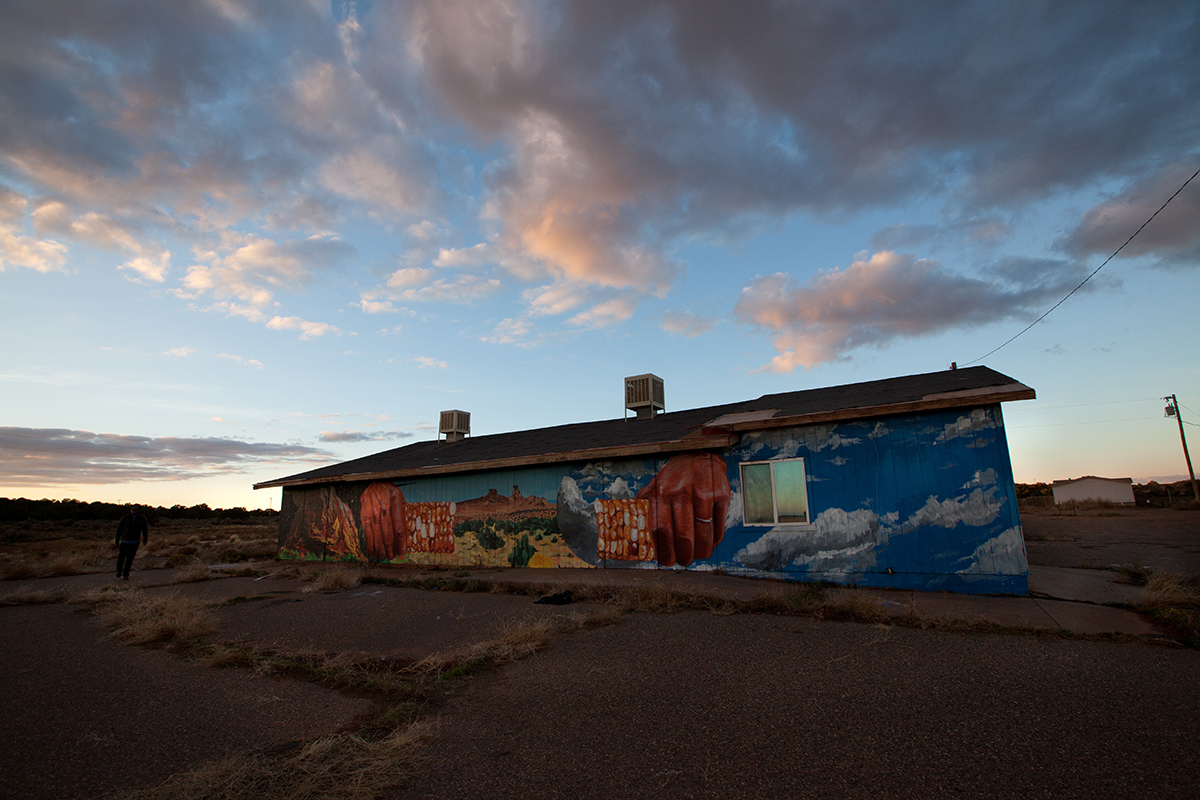 nanook-new-mural-at-the-painted-desert-project-01