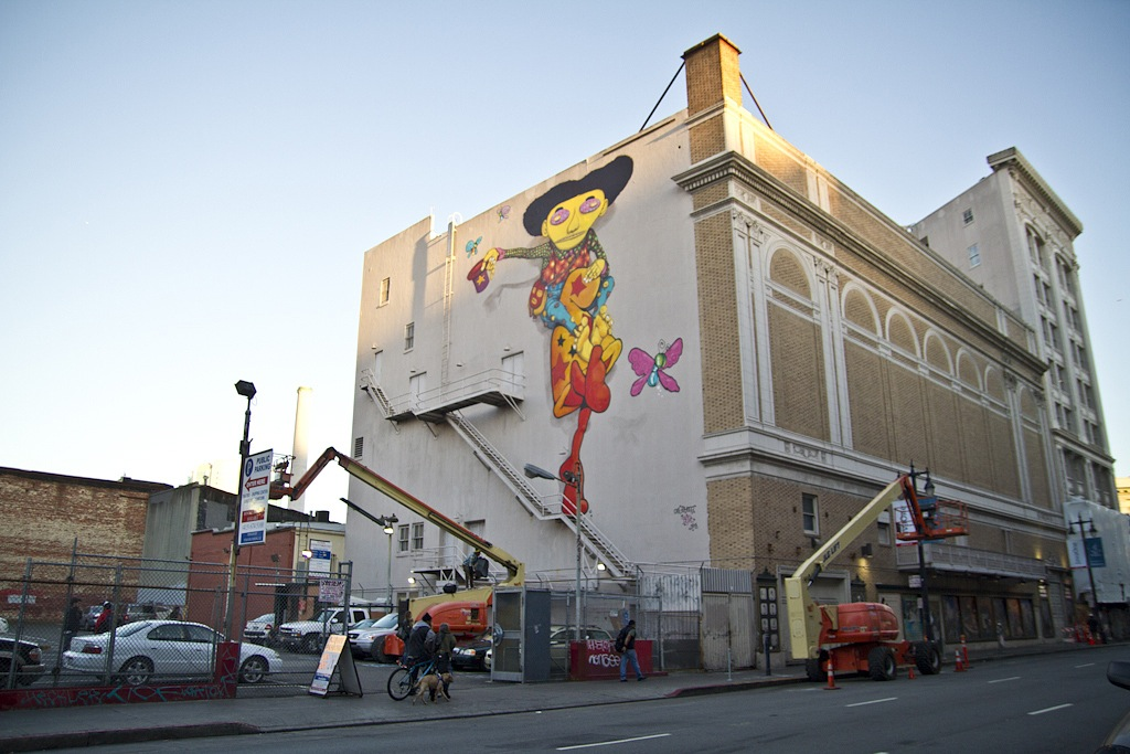 os-gemeos-mark-bode-new-mural-in-san-francisco-03