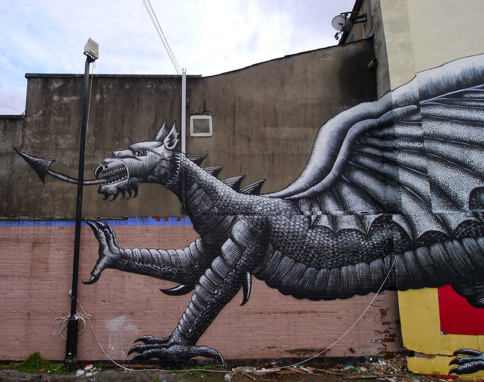 phlegm-new-mural-roath-cardiff-02