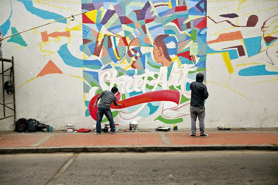 el-decertor-elliot-tupac-latino-mural-02