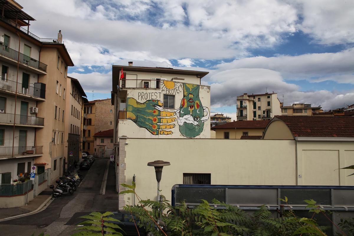 emajons-preghiera-al-sole-new-mural-in-firenze-03