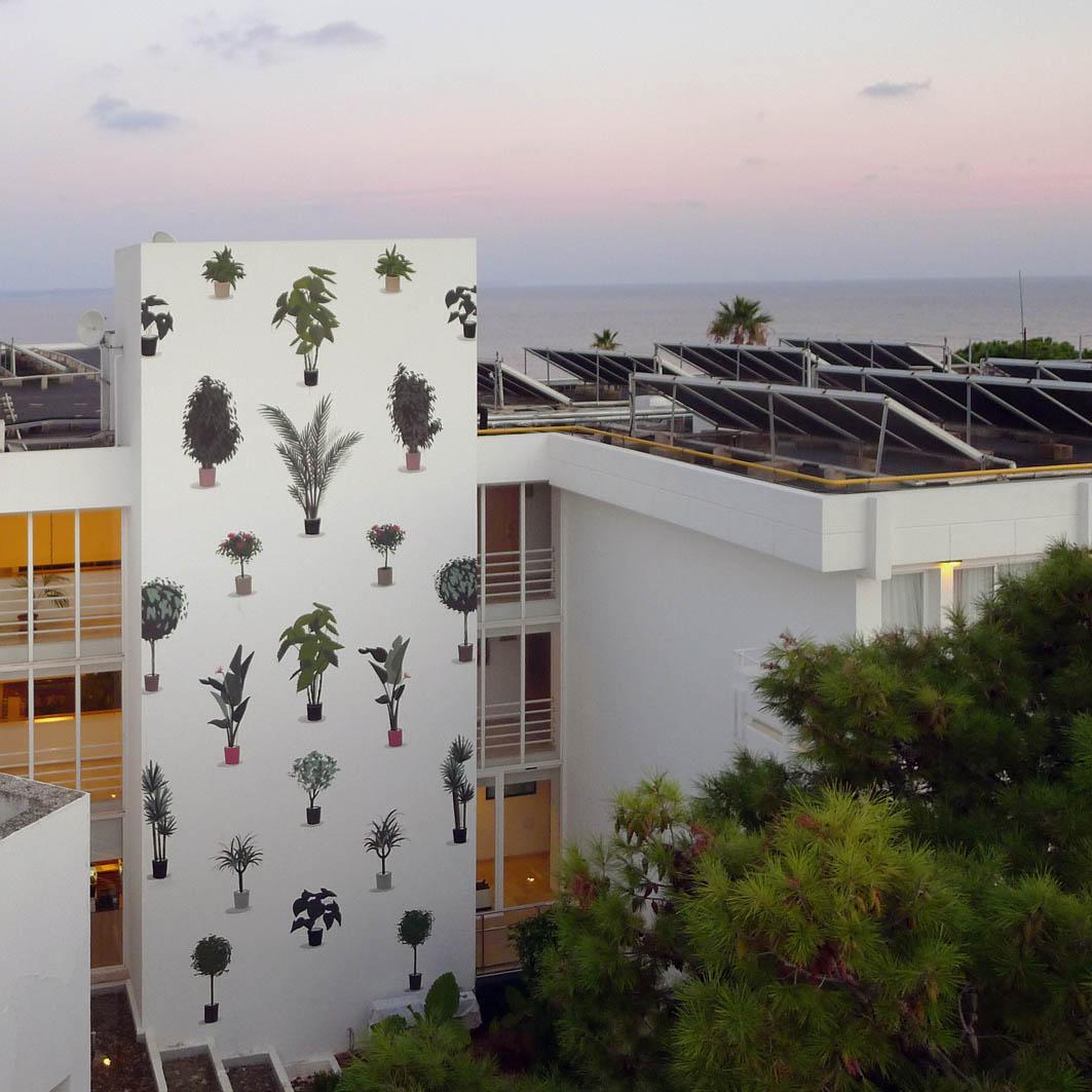 escif-vertical-garden-new-mural-mallorca-04