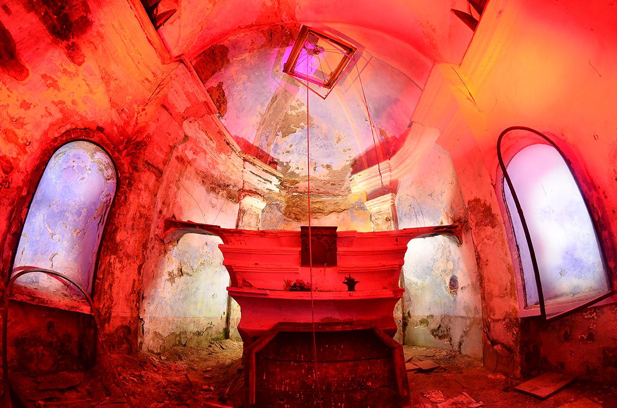 garu-garu-exploring-abandoned-places-04