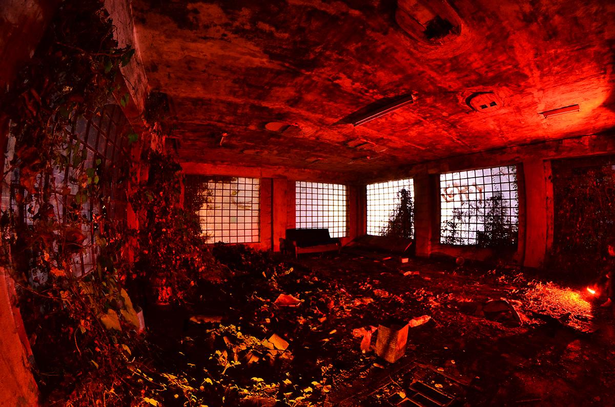 garu-garu-exploring-abandoned-places-05