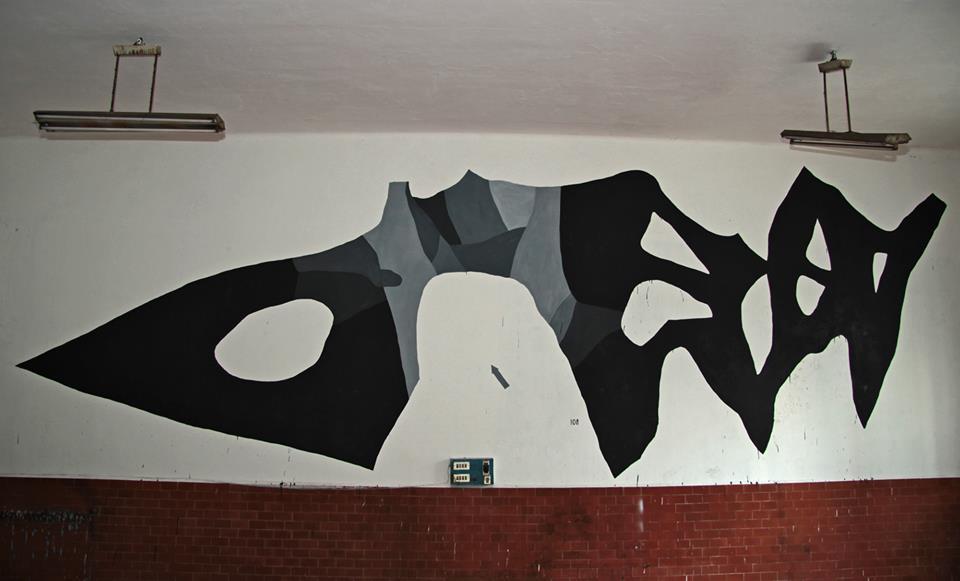 108-la-mia-mente-costretta-new-mural-in-torino-01