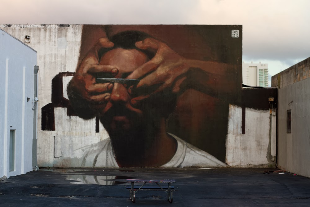 axel-void-knife-new-mural-in-miami-03