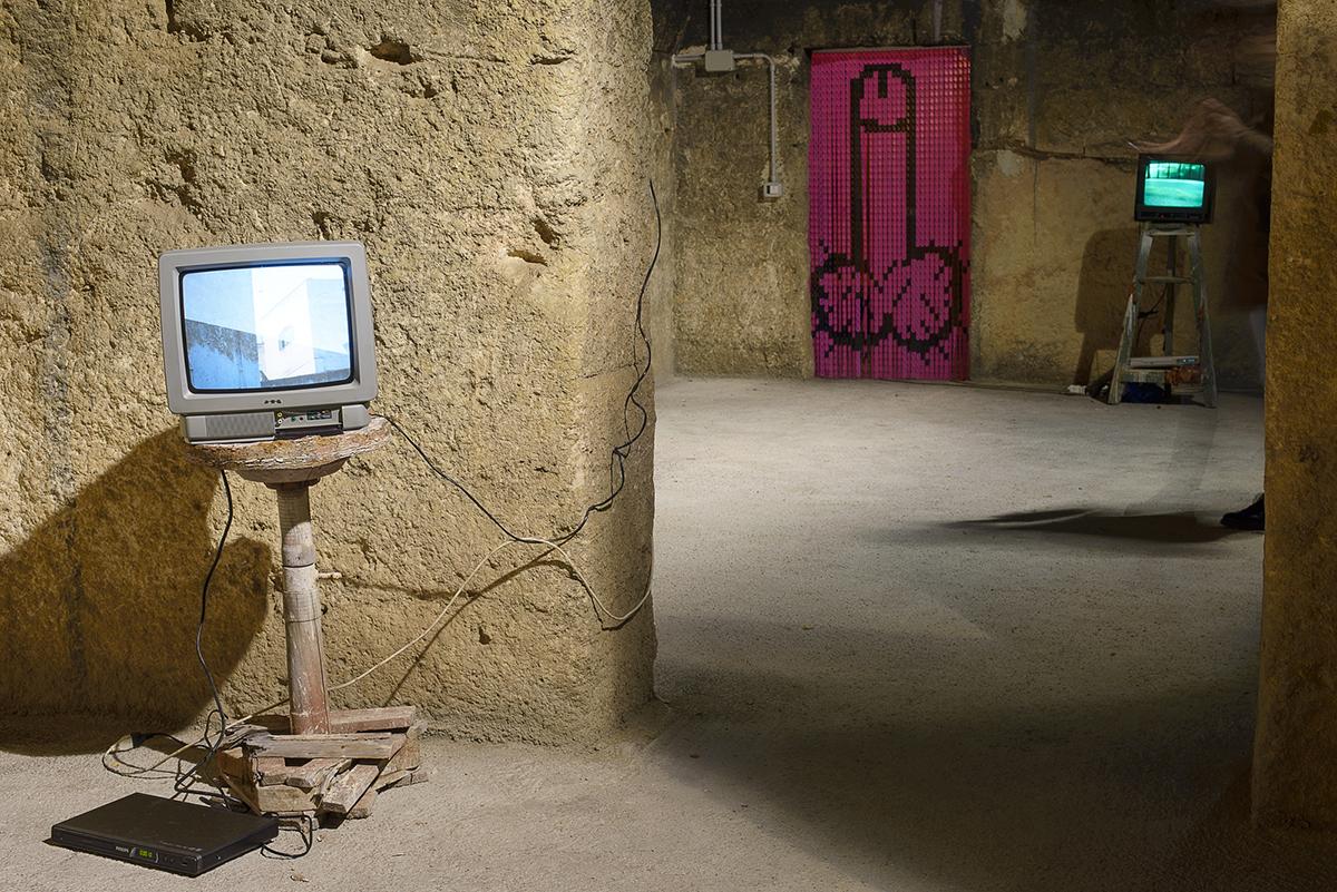 brad-downey-akay-new-exhibition-grottaglie-recap-05