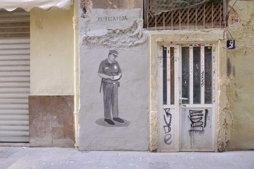 escif-the-writer-new-mural-in-valencia-01