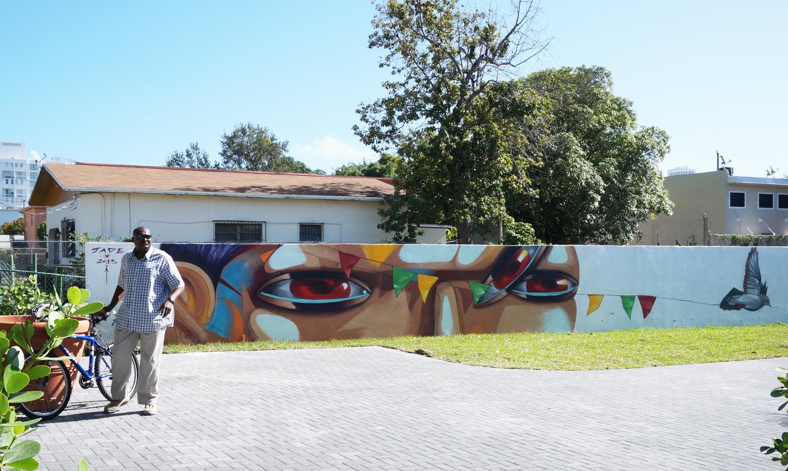 jade-pueblo-presente-new-mural-for-art-basel-2013-05