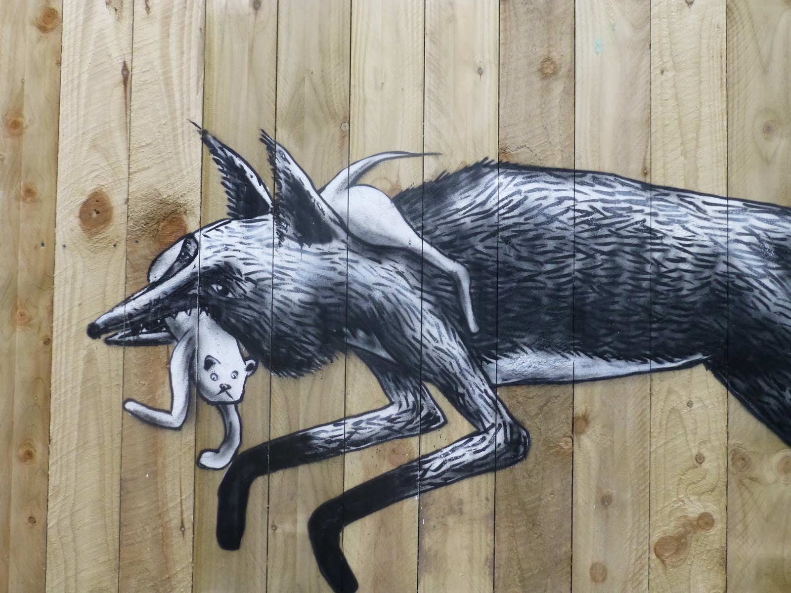phlegm-urban-foxes-new-mural-sheffield-02