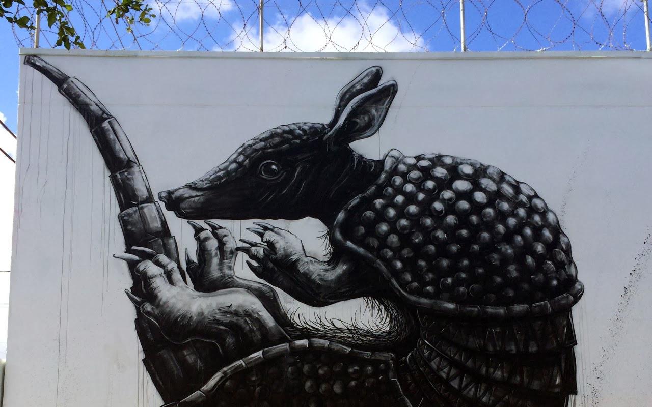 roa-armadillo-new-mural-for-art-basel-2013-02