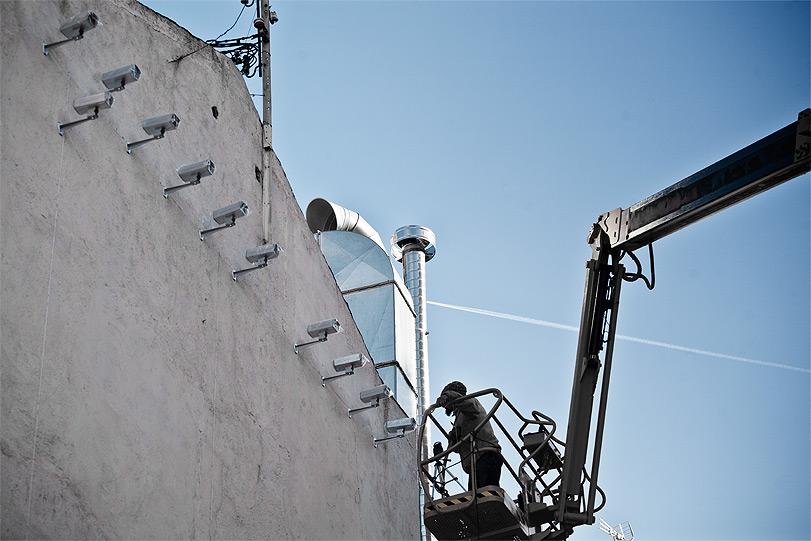 spy-cameras-new-installation-in-madrid-04