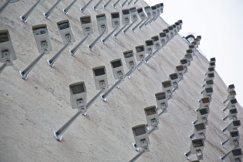 spy-cameras-new-installation-in-madrid-17