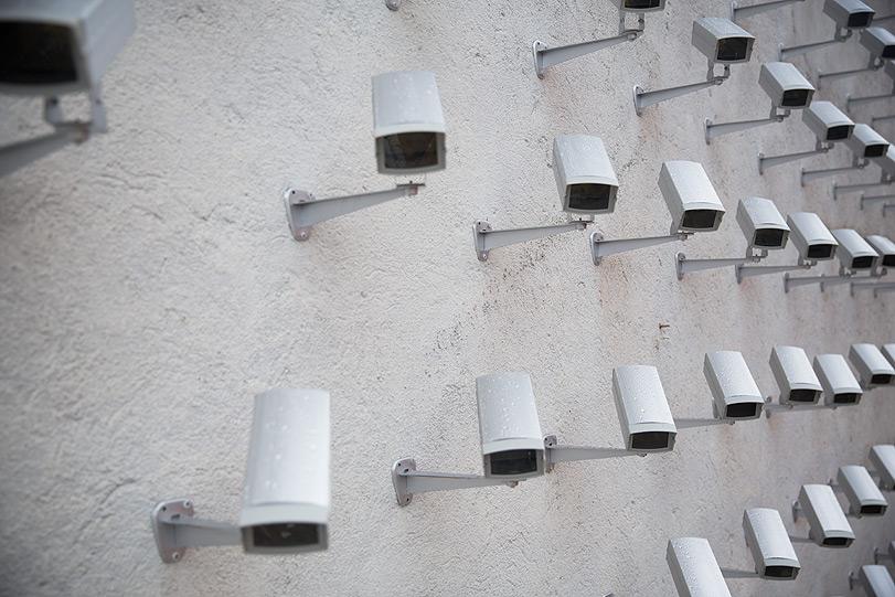 spy-cameras-new-installation-in-madrid-19