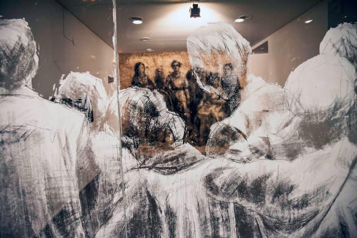 borondo-a-new-indoor-installation-in-segovia-spain-03