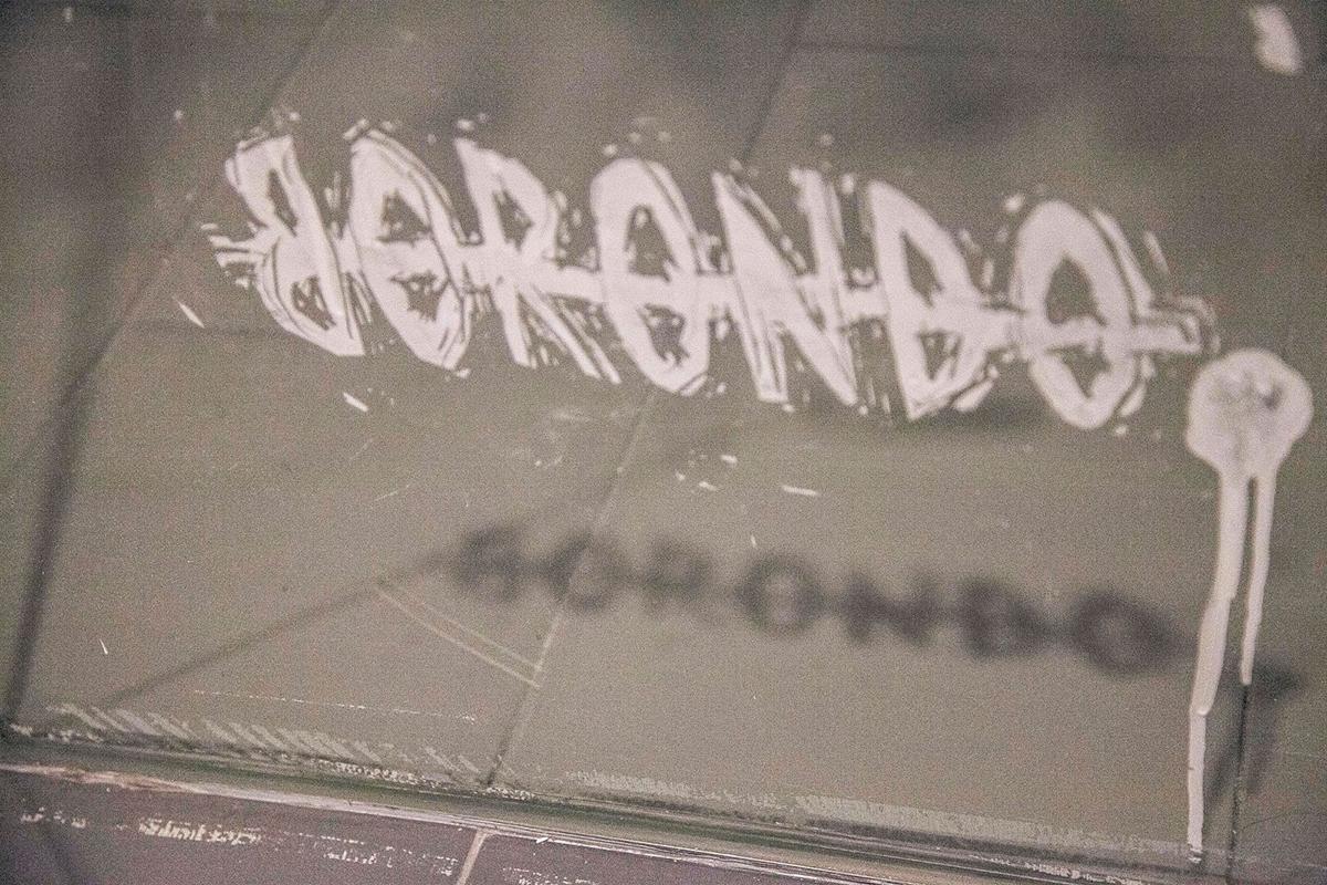 borondo-a-new-indoor-installation-in-segovia-spain-07