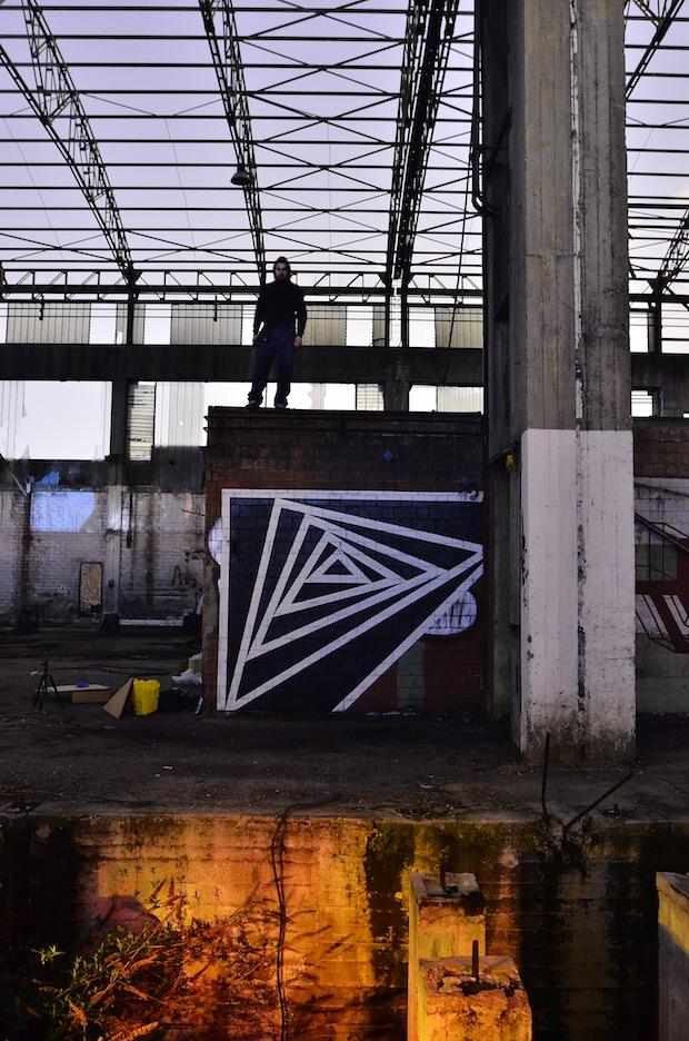 garu-garu-exploring-the-street-art-in-abandoned-places-06