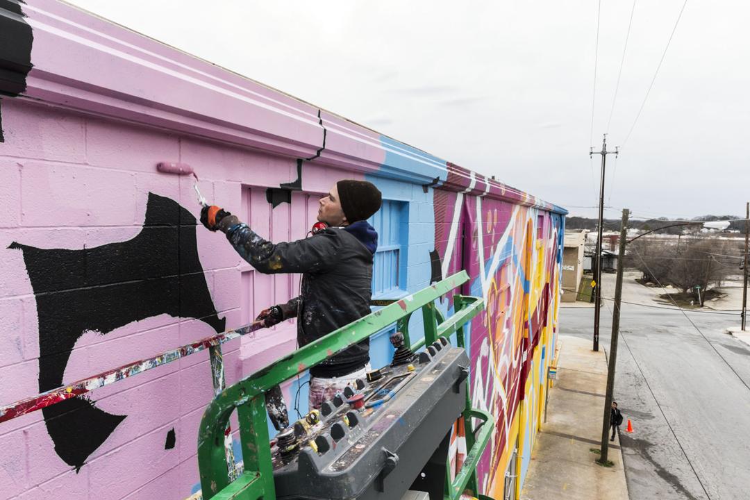 hense-new-mural-in-midtown-west-atlanta-04
