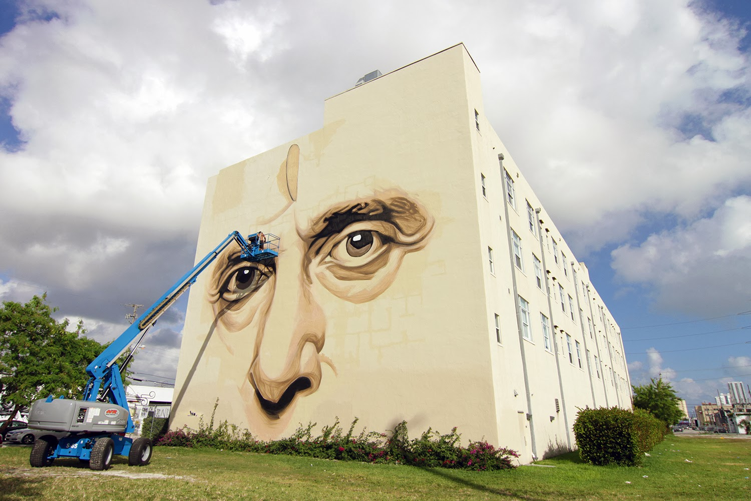 ino-in-heaven-with-you-new-mural-in-wynwood-miami-03