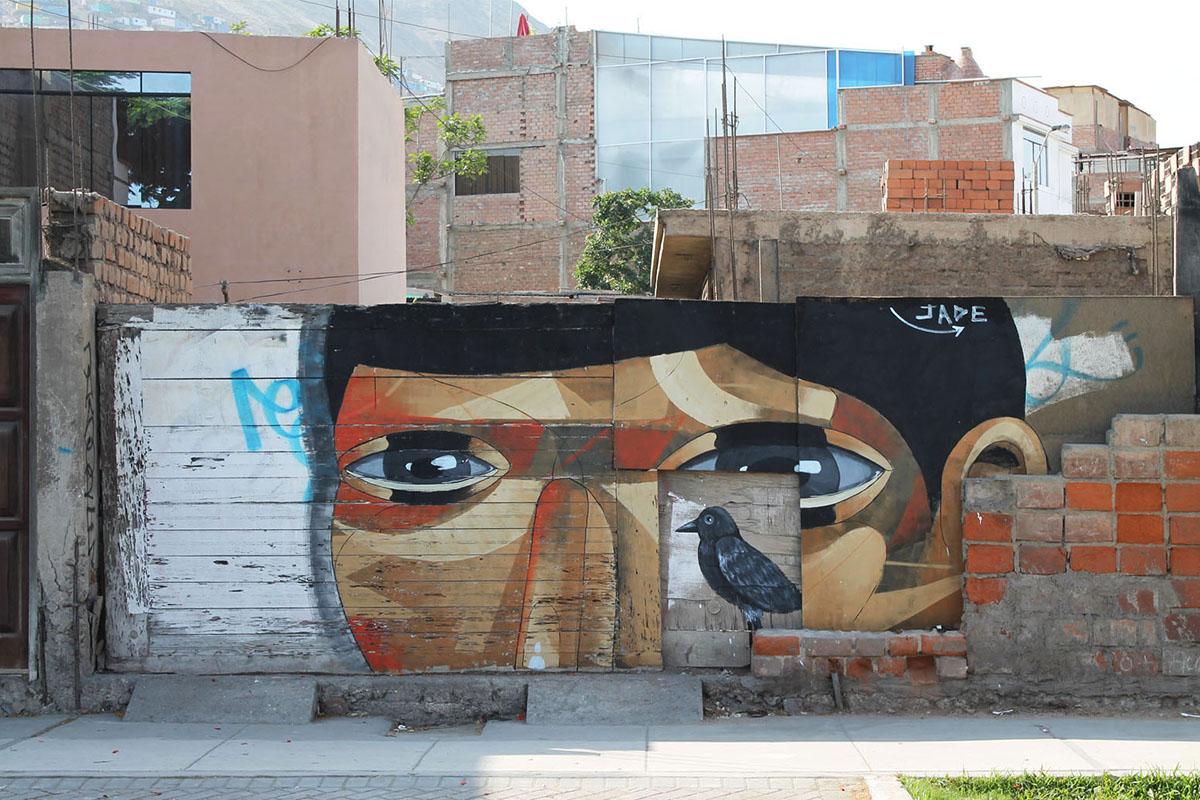 jade-el-huesped-new-mural-in-lima-01
