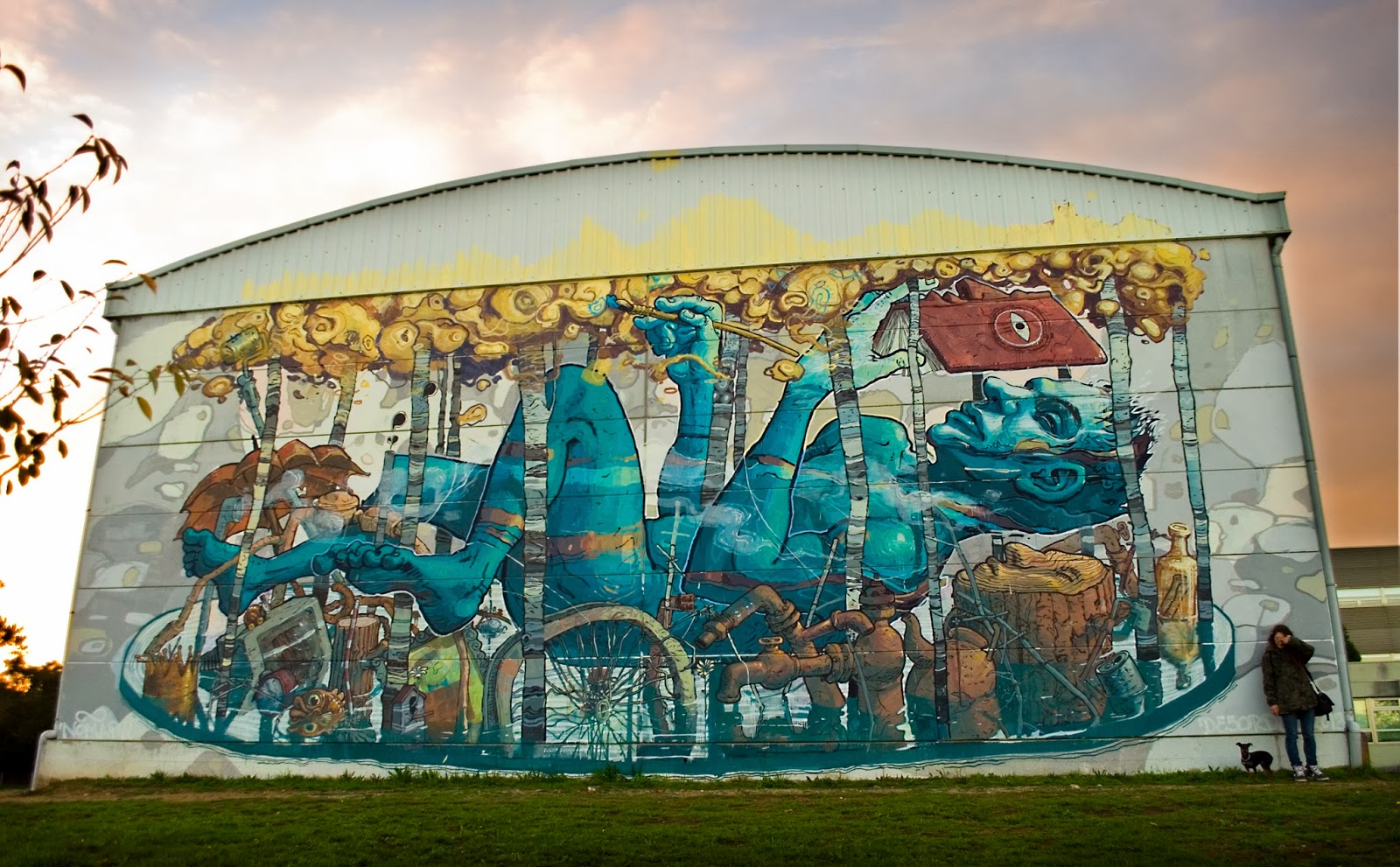 Riquiño-new-mural-at-desordes-creativas-2013-02