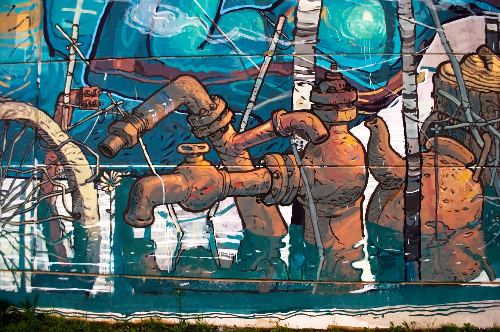 Riquiño-new-mural-at-desordes-creativas-2013-08