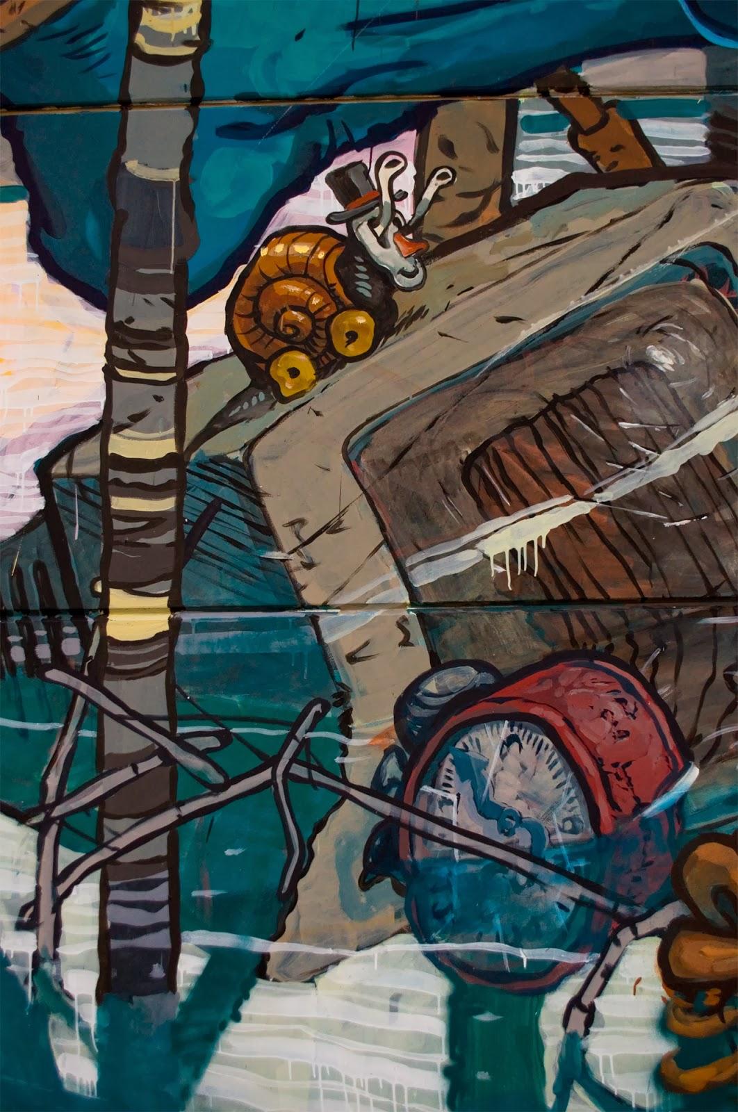 Riquiño-new-mural-at-desordes-creativas-2013-10