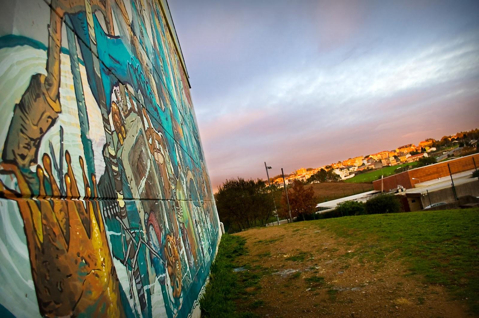 Riquiño-new-mural-at-desordes-creativas-2013-12