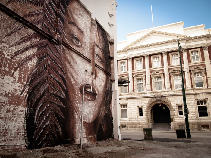 rone-new-mural-in-christchurch-new-zealand-03