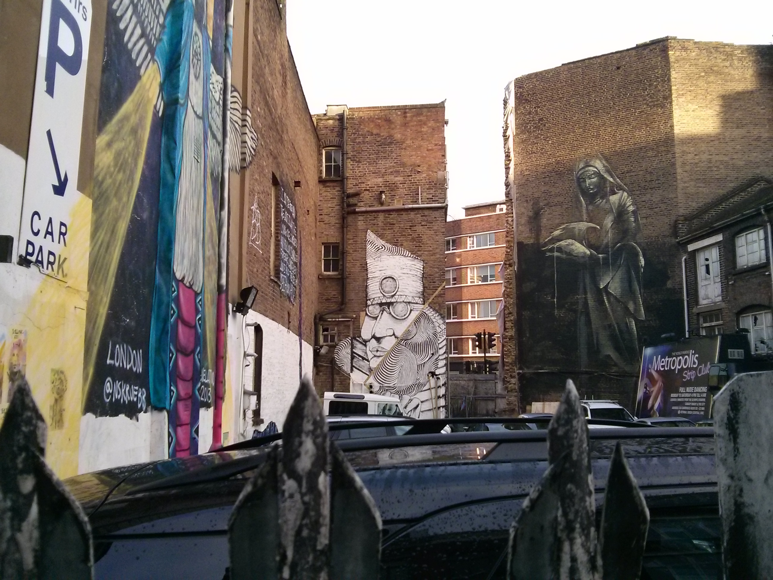 run-2501-new-mural-in-london-13